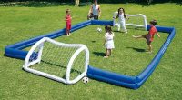 terrain de foot dans son jardin