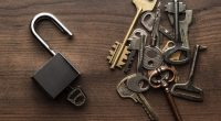 des clés de serrure
