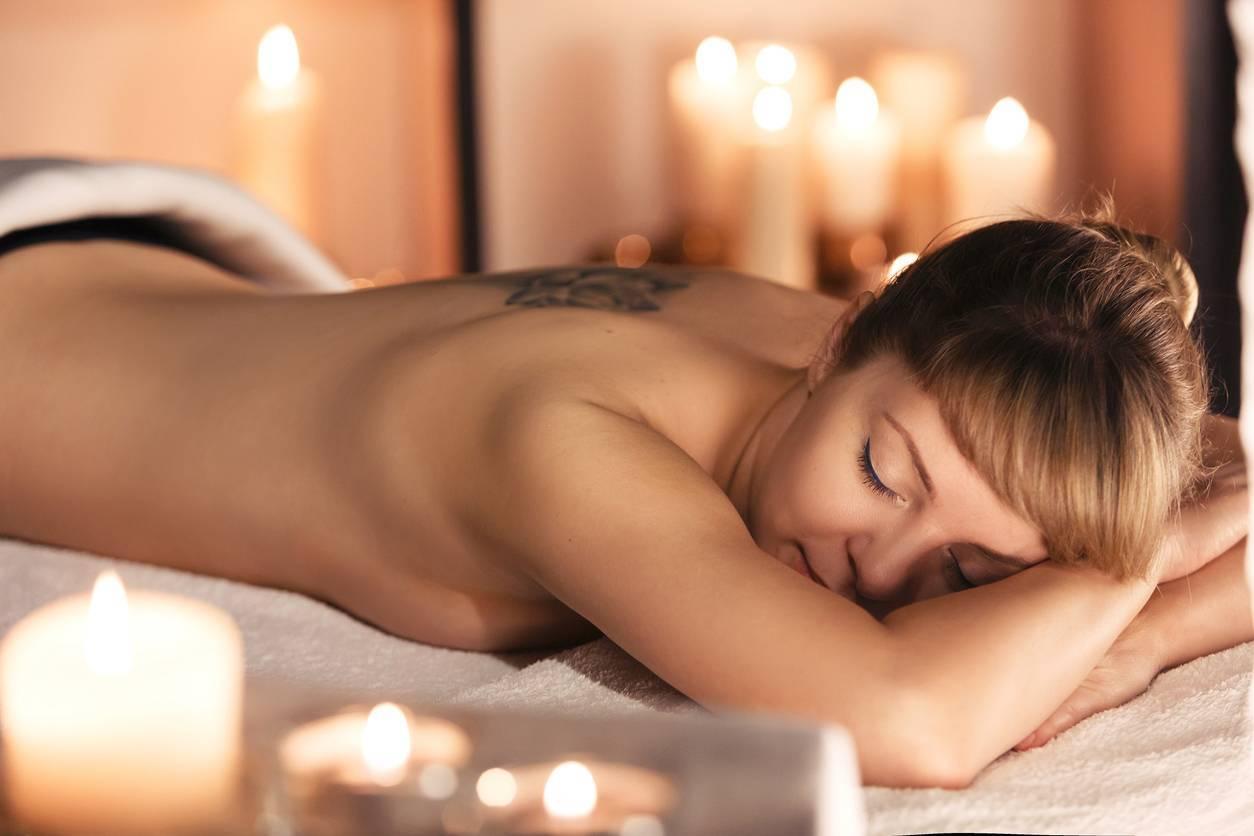 salon de massage et ciel étoilé